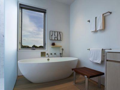 baignoire - Orchard House par Stelle Lomont Rouhani Architects - Sagaponack, Usa
