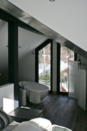 baignoire chambre - Chalet Piolet par Chevallier Architectes - Chamonix, France