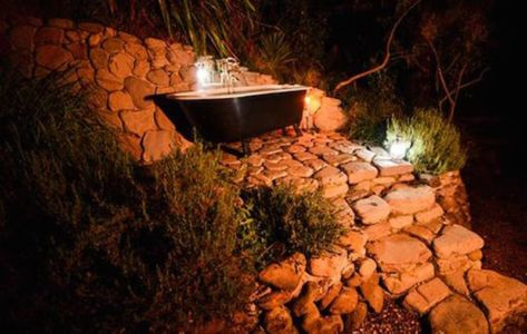 baignoire extérieure - Underhill par Graham Hannah à Waikato, Nouvelle-Zélande