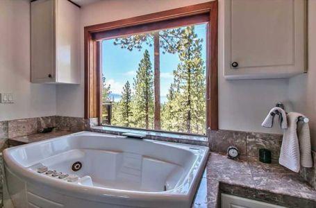 baignoire moderne - lake-view-cabin - Nevada, USA