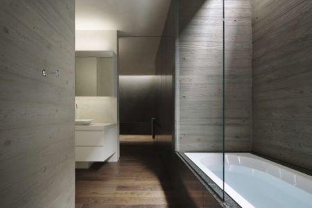 baignoire salle de bains - SRK par Artechnic - Meguro, Japon