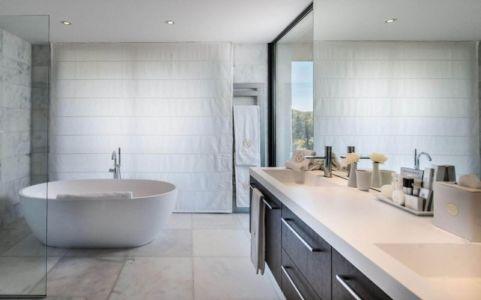 baignoire salle de bains - Villa -France