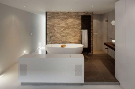 baignoire salle de bains - Watervilla par +31ARCHITECTS - Amsterdam, Pays-Bas