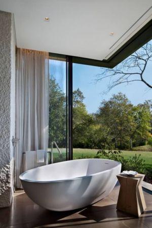 baignoire design salle de bains  - modern farmhouse par Meyer Davis studio - Nashville, USA
