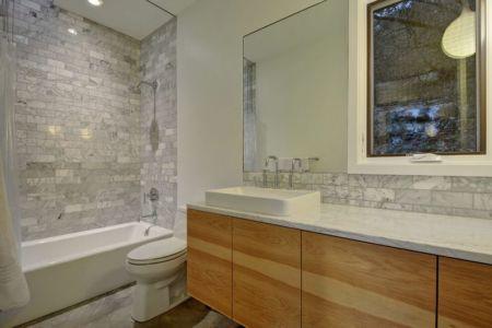 baignoire salle de bains - westlake-home par Capstone Custom Homes - Westlake, USA