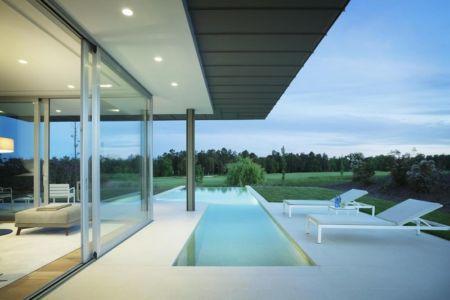 bains soleil près piscine - Z-Balca-House par Lagula Arquitectes - Espagne