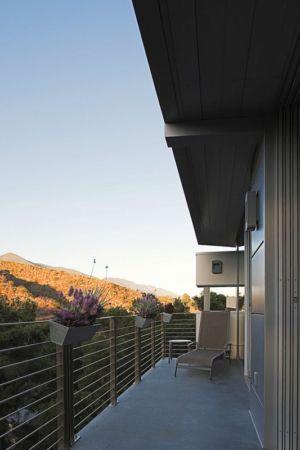 balcon - Anthrazit House par Architects Magnus - Santa Barbara, Usa