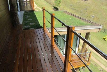 balcon - Paraglider House par Cabana Arquitetos - São Bento do Sapucaí, Brésil