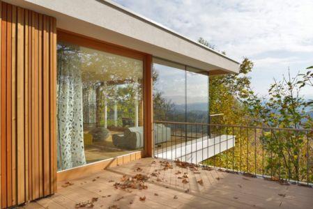 balcon étage - Hillside-Home par Multiplan Arhiteki - Ljubljana,Slovénie