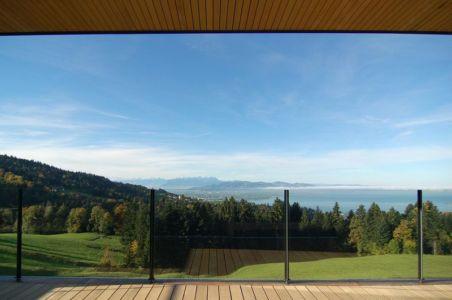 balcon & garde-corps en verre - house-dornbirn par KM Architektur en Suisse