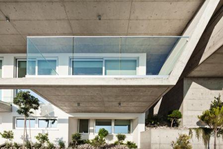 balcon chambre - Prodromos and Desi Residence par VARDAstudio - Paphos, Chypre