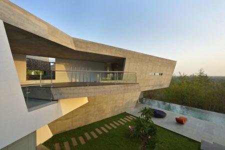 balcon & façade terrasse - Alibaug-House par Malik Architecture - Maharashtra, Inde