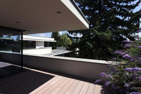 balcon terrasse - Reviving Mies par Architéma - Buda Hills, Hongrie