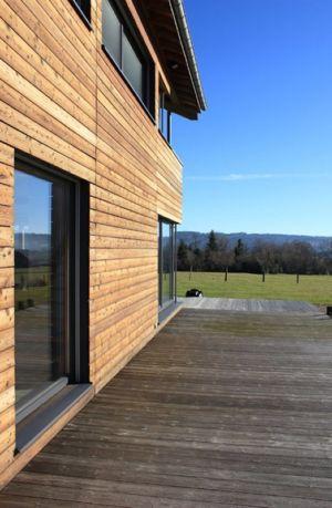 bardage façade terrasse - maison ossature bois par Eric Viprey, Cambiums - France