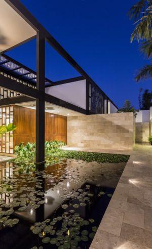 bassin entrée - Montebello 321 par Jorge Bolio Arquitectura - Merida, Mexique