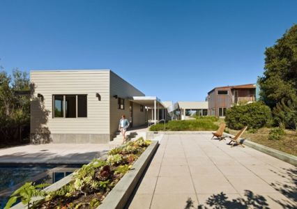 In out par wnuk spurlock architecture stinson beach for Achat maison californie usa