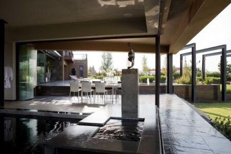 bassin piscine - House Tsi par Nico van der Meulen Architects - Afrique du Sud