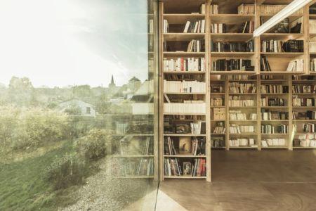 bibliothèque - Cliffs Impasse par ZIEGLER Antonin architecte - Senneville-sur-Fécamp, France