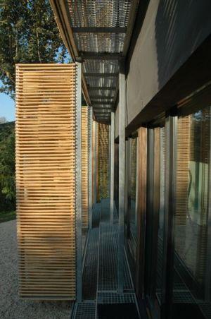brise soleil en bambou - Witzmann résidence par Karawitz Architecture - France - Photo Nicholas Calcott