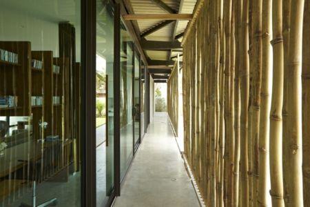brise soleil en bambous - Bambou pavillion par Koffi Diabat architectes - Assinie-Mafia, Côte d'Ivoire