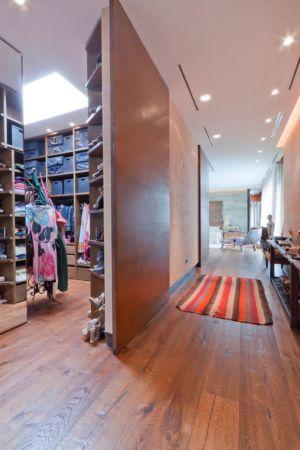 buanderie & couloir - villa-madrid par Modern Homes - Madrid, Espagne