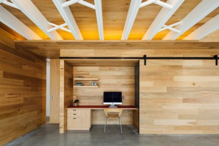 bureau avec porte coulissante - Invermar House par Moloney Architects - Ballarat, Australie