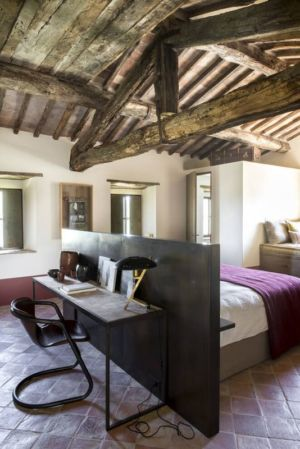 bureau & chambre - mediterranean-residence par Elodie Sire - Toscane, Italie