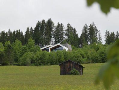 cabanon - Mountain-View House par SoNo arhitekti - Kitzbuehel, Slovénie