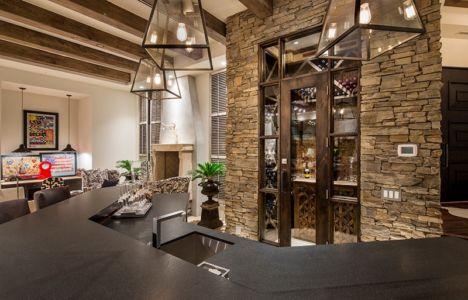 cave à vin et bar - villa du desert par Tor Barstad -Scottsdale, Usa