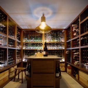 cave à vins - Waterfront House par Luigi Rosselli Architects - Sydney, Australie