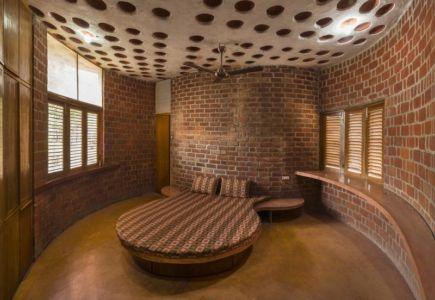 chambre - Brick House par iStudio architecture - Wada, Inde