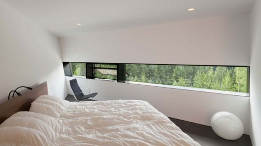 chambre - Hadaway house par Patkau architects - Whistler valley, Canada