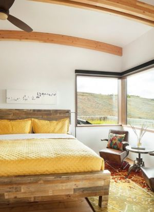 chambre amis - Contemporary Western par Hoyt Architects & CTA Group - Usa
