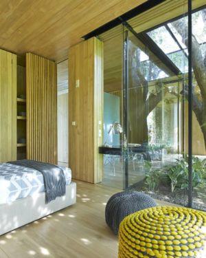 chambre baie vitrée - inout-house par Joan Puigcorbé - Santa Ana, Costa Rica