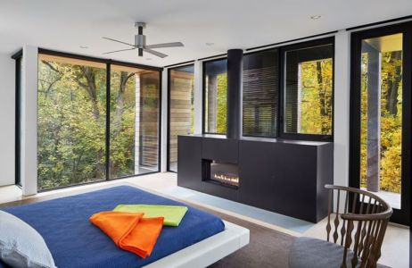 chambre & cheminée design - Hills-House par Robert M. Gurney - Maryland, USA