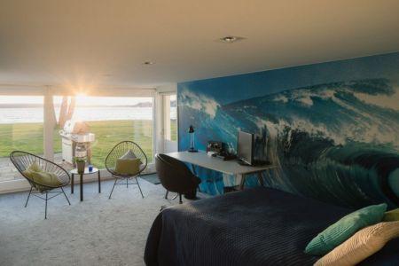 chambre déco mer - Maison contemporaine scandinave par Boris Culjat - Suède.jpg