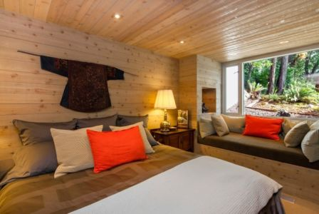 chambre d'ami - villa contemporaine en bois par Daniel Evan White - Saanich, Canada
