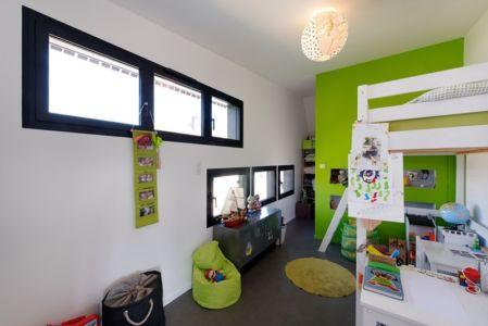 chambre enfant - Maison bois béton par Ideaa architectures - Colmar, France - Photo Alain-Marc Oberlé