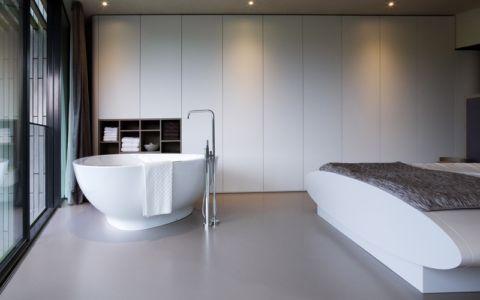 chambre et baignoire - W.I.N.D House par UNStudio - Pays-Bas