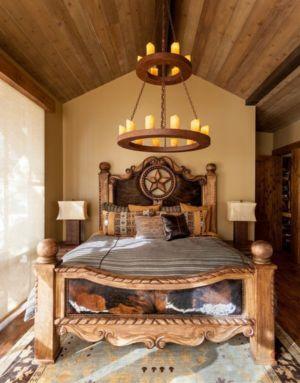 chambre et lit en bois sculpté - chalet de luxe par Walton Architecture - Martis Camp, Usa