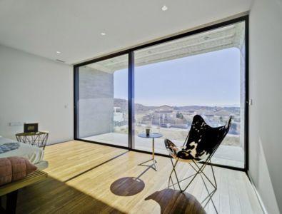 chambre et panorama - Crossed House par Clavel Arquitectos - La Alcayna, Espagne