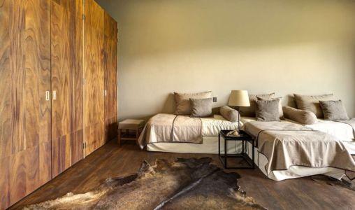 chambre et placards - Casa BS par  Elías Rizo Arquitectos - Tapalpa, Mexique
