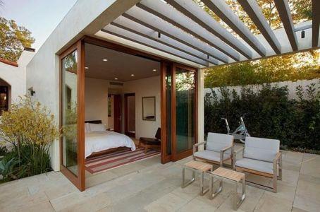 chambre et sa terrasse - Malibu House par Dutton Architects - Usa