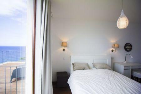 chambre et terrasse - Casa do Miradouro par Dirck Mayer - Ponta Delgada, Madère, Portugal