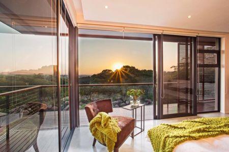 chambre et vue panoramique - Aloe Ridge House par Metropole Architects - Kwa Zulu Natal, Afrique du Sud