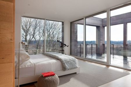 chambre & grande baie vitrée - Watch-Hill-House par Lubrano Ciavarra - New York, USA