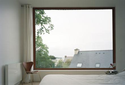 chambre - maison bois secondaire par RAUM - France -  Photos - Audrey Cerdan
