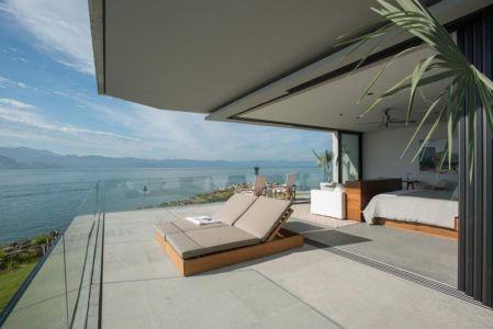 chambre ouverture sur balcon étage - luxury residence par Ezequiel Farca - Marina de Puerto Vallarta, Mexique