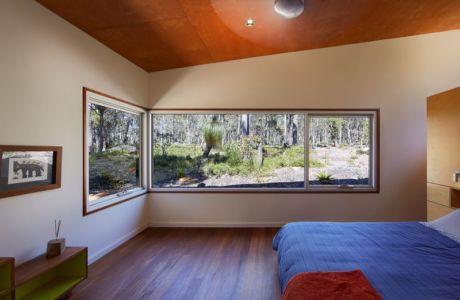 chambre principale - Bush-House par Archterra Architects - Margaret River, Australie