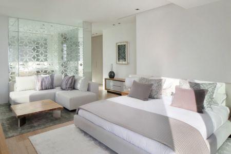 chambre principale & coin salon - ocean-home par SAOTA - Ibiza, Espagne